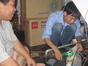 sua-chua-may-bom-nuoc-uy-tin-tai-tran-thai-tong-ha-noi